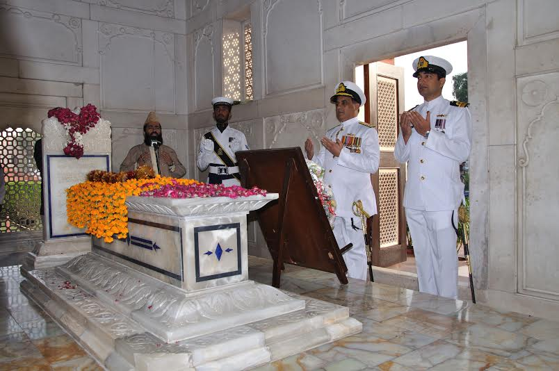 Naval Guards Take Charge Of Mazar E Iqbal Lahore Jchoudhry